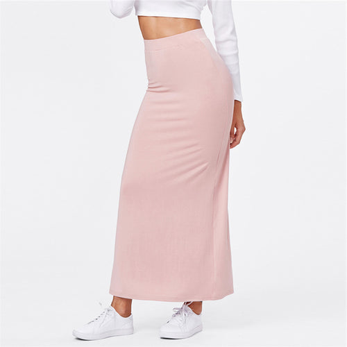 Casual Summer 2018 Outfit Ideas for Women - Pink Long High Waisted Maxi Skirt - ideas de atuendos casuales de verano para mujeres - www.GlamantiBeauty.com #outfits #summerstyle