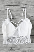 Cute Summer Crop Top Outfits for Teens - Classy Party Floral Lace White Bralette Open Back - ideas lindas del equipo del verano para adolescencias -  www.GlamantiBeauty.com #outfit