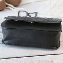 Elizabeth Designer Classy Crossbody Quilted Pleather Chain Flap Shoulder Purse Bag in Black - www.GlamantiBeauty.com