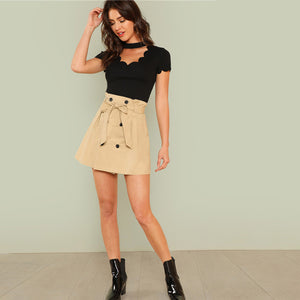 Cute Casual Summer Outfit Ideas for Back to School 2018 College  - Black Choker Top with High Waisted Skirt-  Ideas casuales de regreso a la escuela - www.GlamantiBeauty.com #outfits