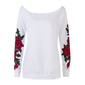 Cute Casual  Back to School Outfit Ideas for Teens 2018 - Rose Embroidery Off the Shoulder Sweatshirt Sweater in White - Ideas casuales de regreso a la escuela de verano -  www.GlamantiBeauty.com