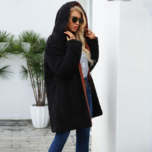 Trending Popular Winter Outfit Ideas for Teen Girls for School 2018 - Comfy Cozy Soft Sherpa Oversize Hooded Jacket Teddy Coat - Tendencias populares ideas de equipos de invierno para niñas adolescentes para la escuela 2018 - www.GlamantiBeauty.com
