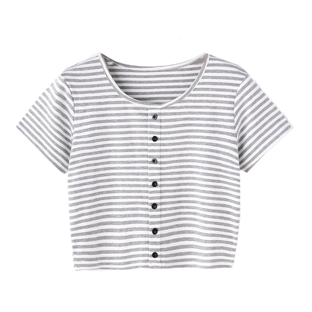 Cute Casual Back to School Outfit Ideas for Teens for Women 2018 - Striped Grey and White Button Up Crop Top T-Shirt - Ideas casuales de regreso a la escuela de verano -  www.GlamantiBeauty.com