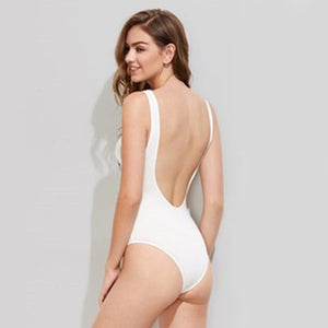 Cute Summer Outfit Ideas for Teen Girls with Shorts for School or Vacation  - Casual Eyes & Eyelashes Wink Bodysuit in White Fashion Style - Ideas lindas del equipo del verano para las muchachas adolescentes - www.GlamantiBeauty.com #summerstyle #outfits