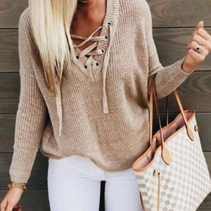 Cute Casual Fall Outfit Ideas for Teen Girls for School - Lace Up Criss Cross Knitted Pullover Sweater with Jeans -  Ideas lindas del equipo de primavera casual para niñas adolescentes para la escuela - www.GlamantiBeauty.com