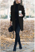 Classy Fall Outfit Ideas for Women - Elegant Peacoat Jacket in Green - www.GlamantiBeauty.com #outfits