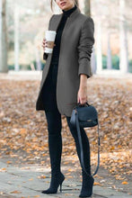 Classy Fall Outfit Ideas for Women - Elegant Peacoat Jacket in Grey - www.GlamantiBeauty.com #outfits
