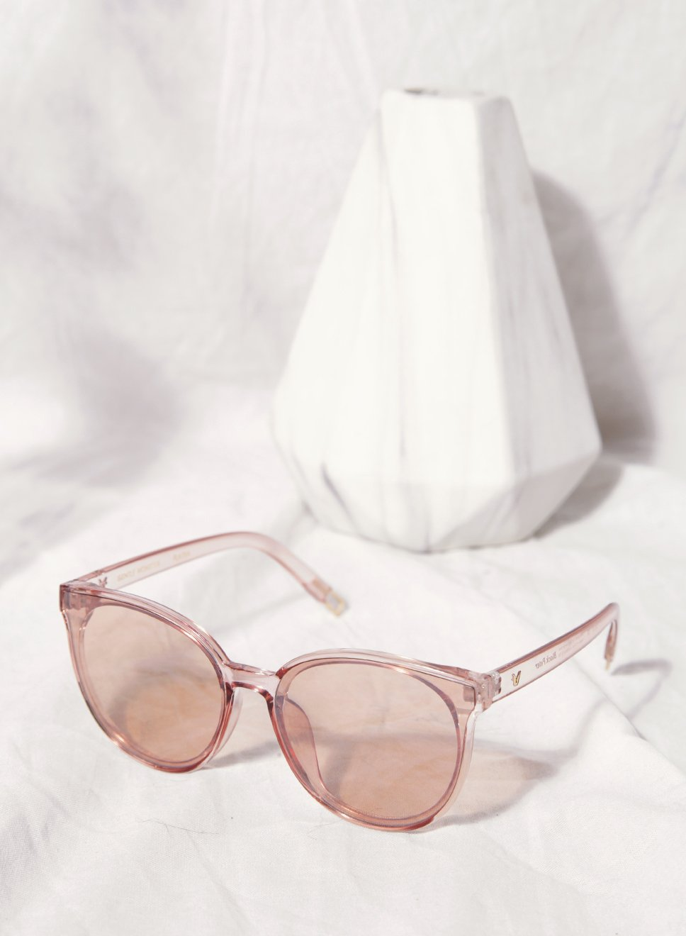 Elle Rose Clear Frame Sunnies at $28.00 only sold at And Well Dressed Online Fashion Store Singapore