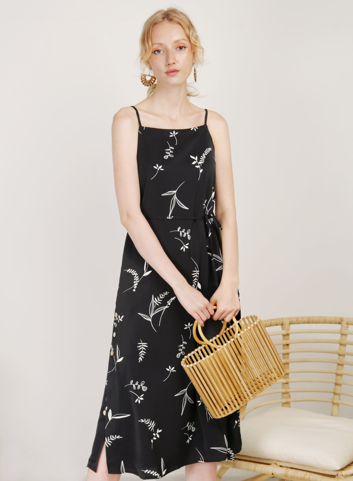 Sanctuary Button Sides Dress (B/W Floral)