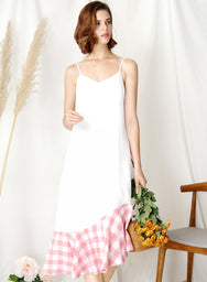 Sidelines Contrast Hem Maxi Dress (White/Pink) at $ 43.50 only sold at And Well Dressed Online Fashion Store Singapore