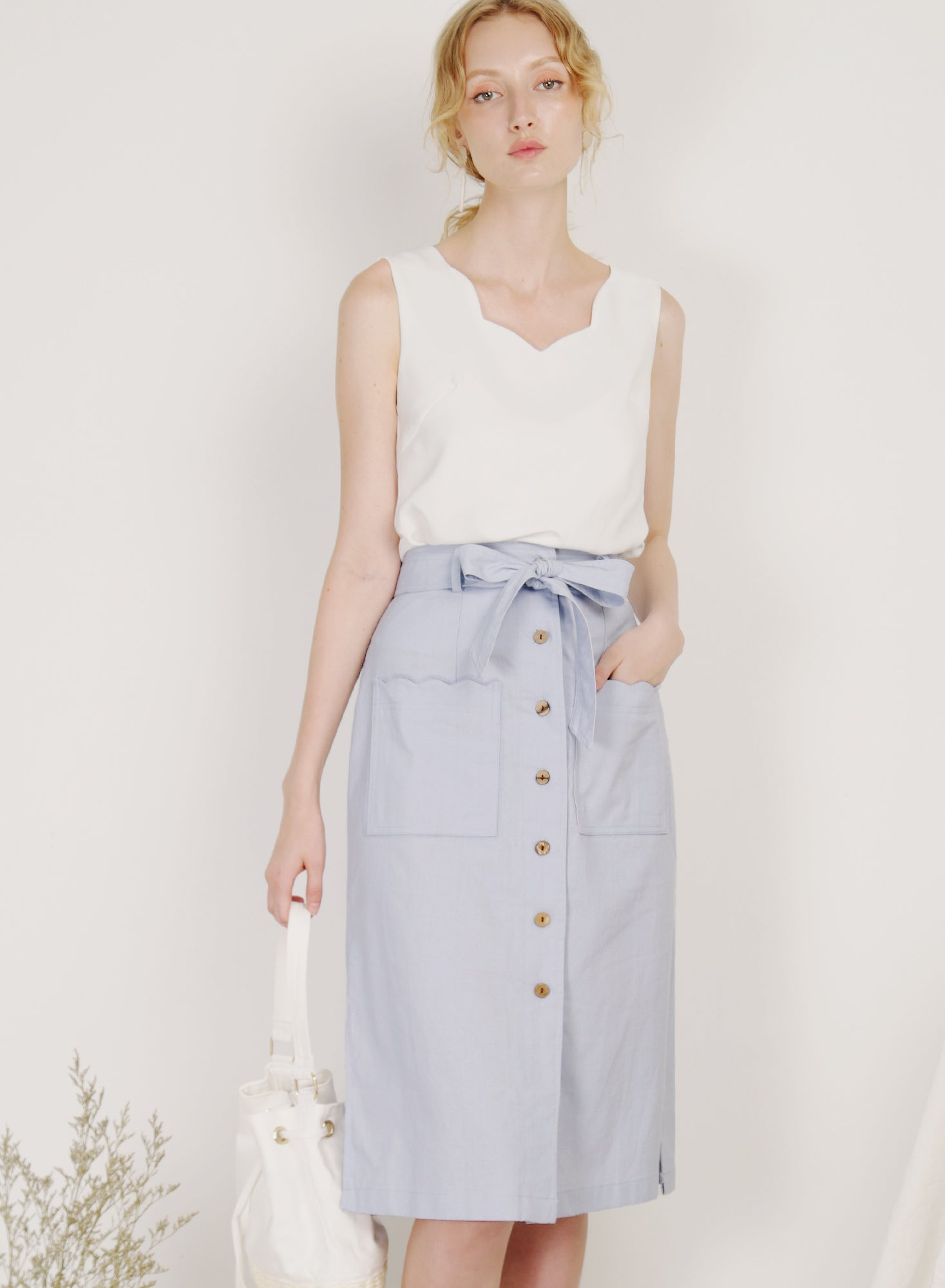 Shore Scalloped Pockets Linen Skirt (Periwinkle)