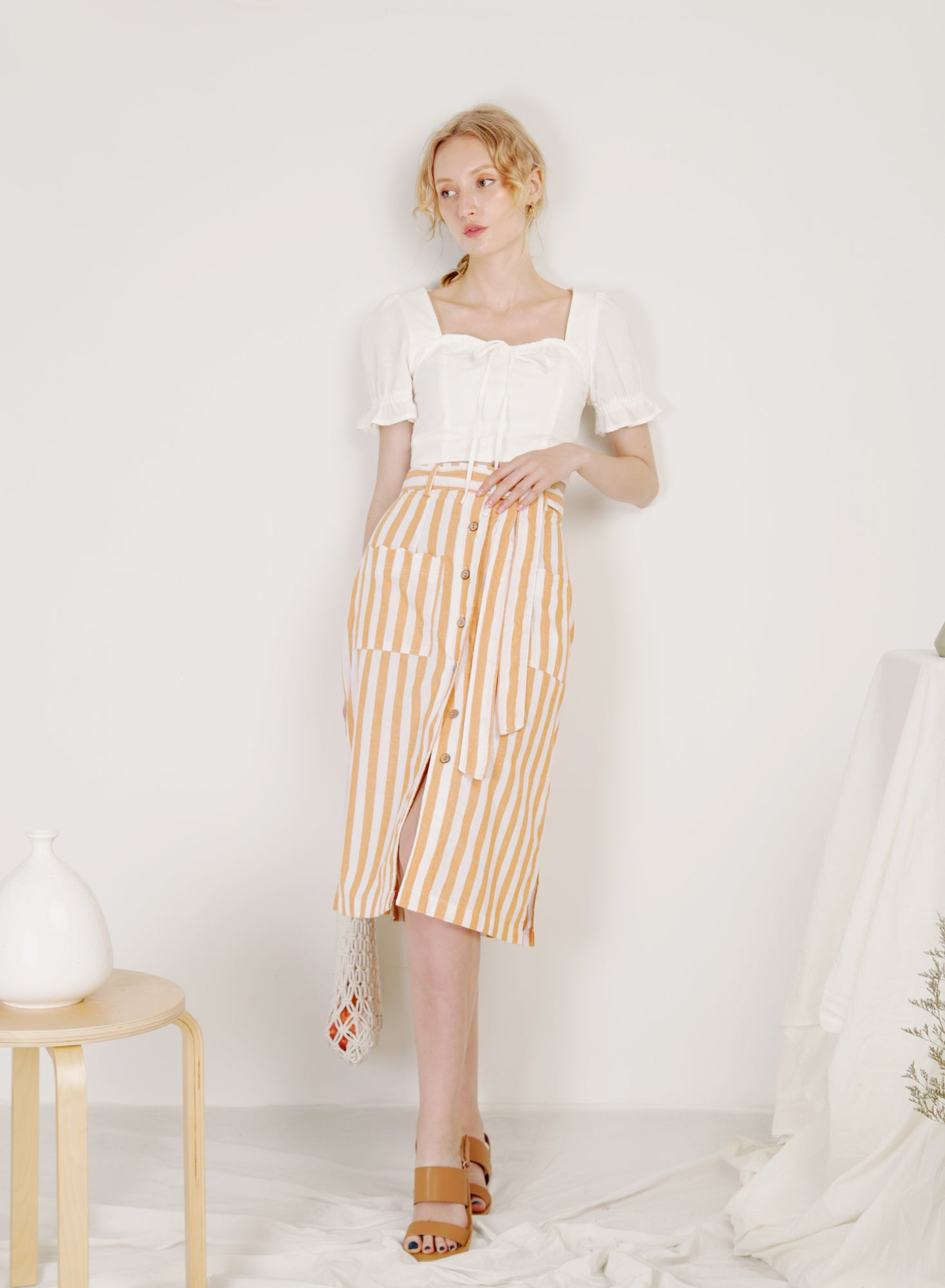 Shore Scalloped Pockets Linen Skirt (Stripes)