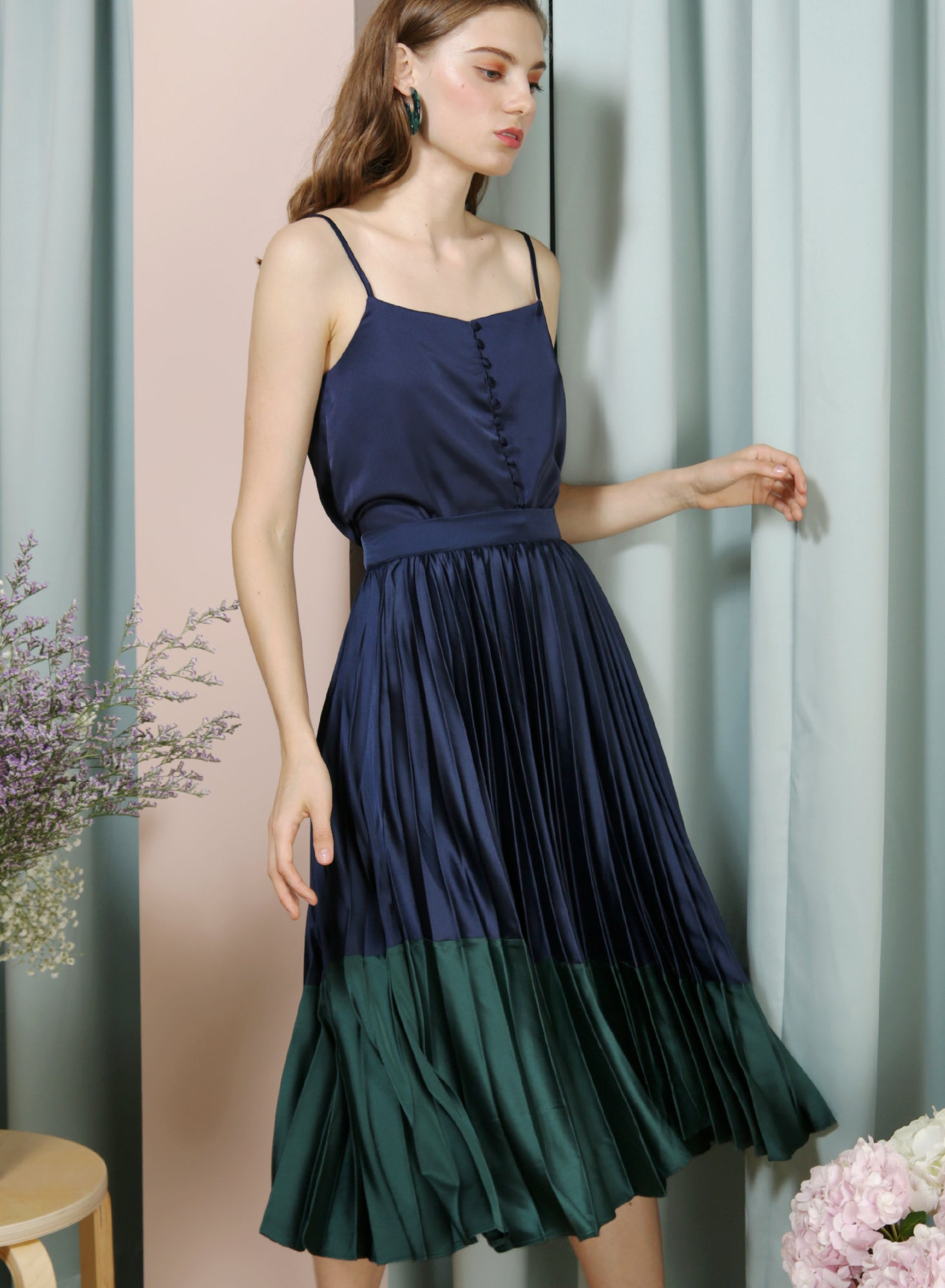 Carousel Duo Tone Pleated Skirt (Navy/Forest) - And Well Dressed