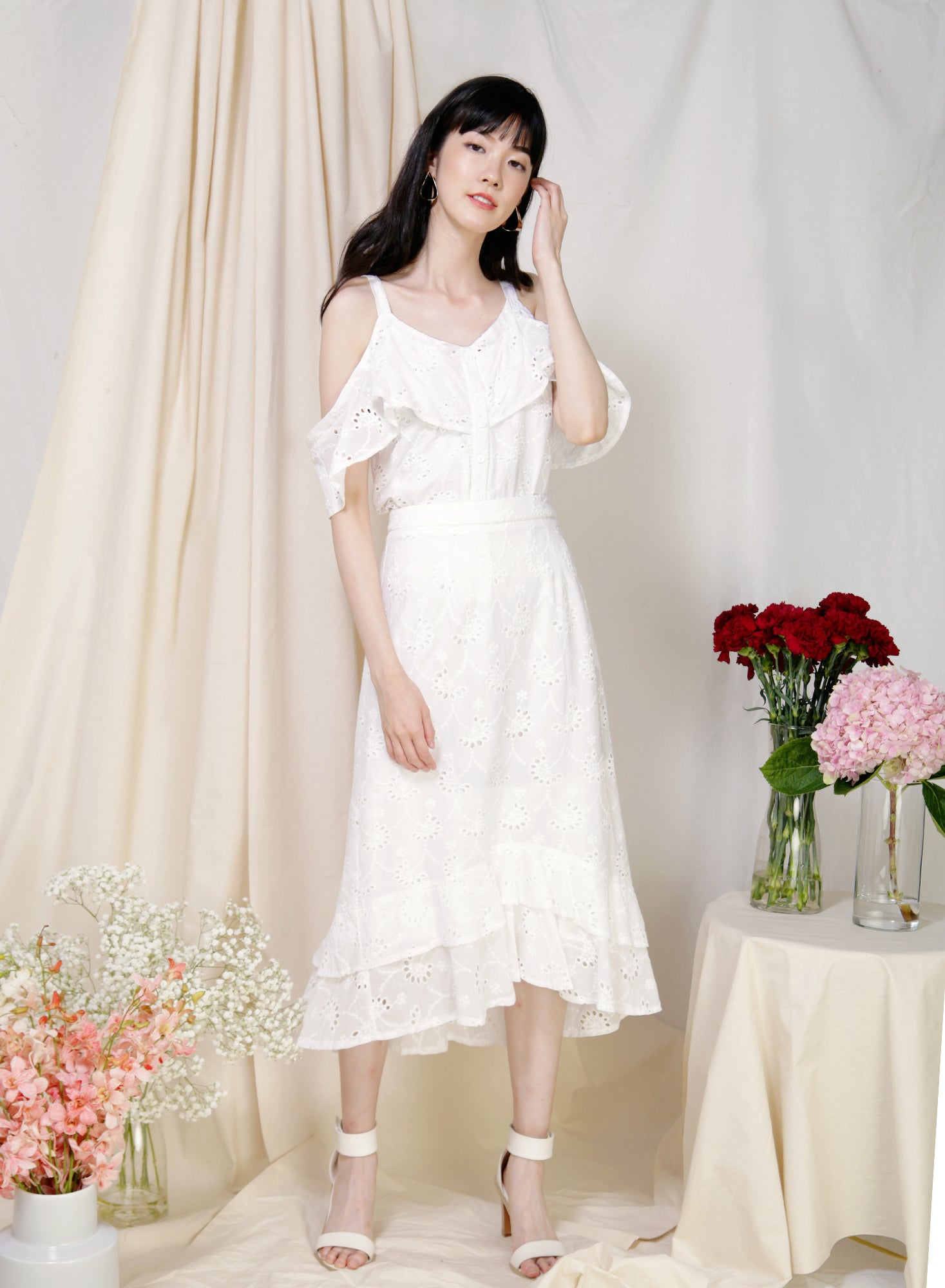 Wistful Double Hem Eyelet Skirt (White)