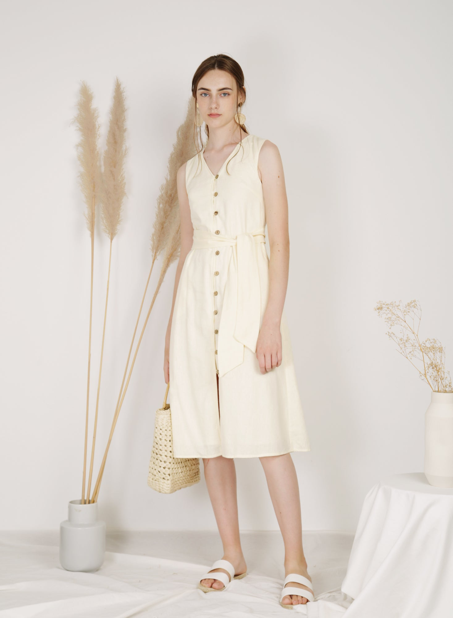 Haven Button Down Linen Dress (Creme)