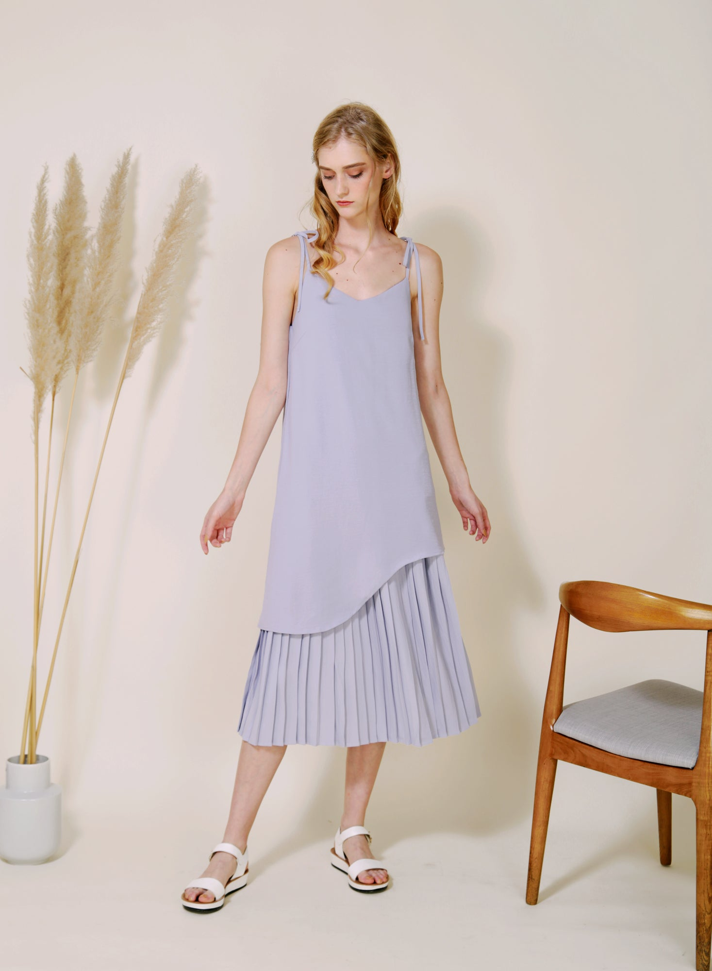 Aura Curved Hem Pleated Maxi Dress (Lilac Grey)