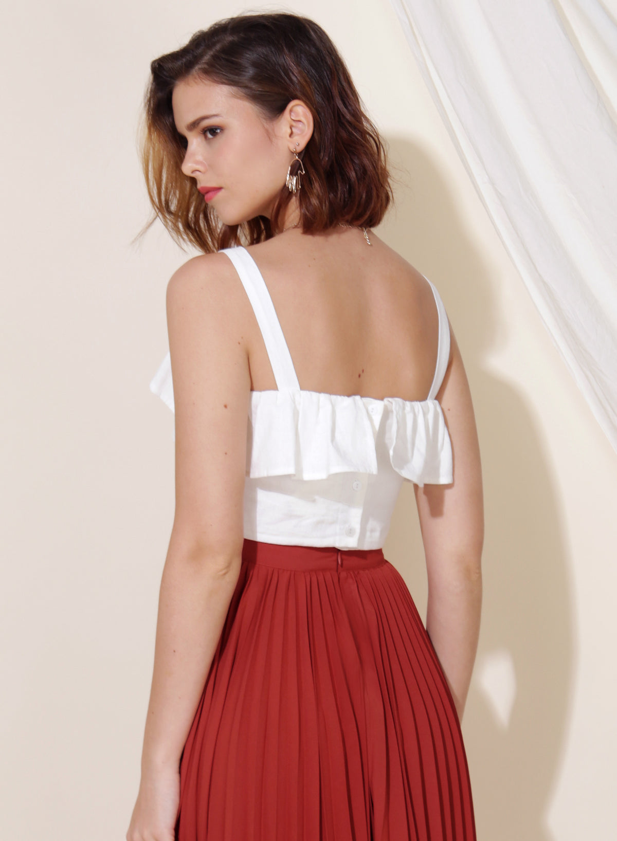 Myth Ruffle Tier Top (White)