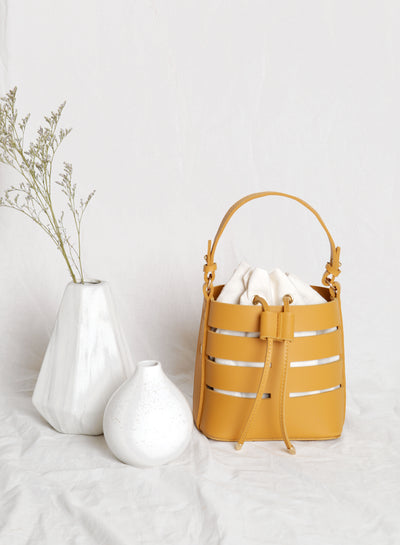 Frances Cutout Bucket Bag (Camel)