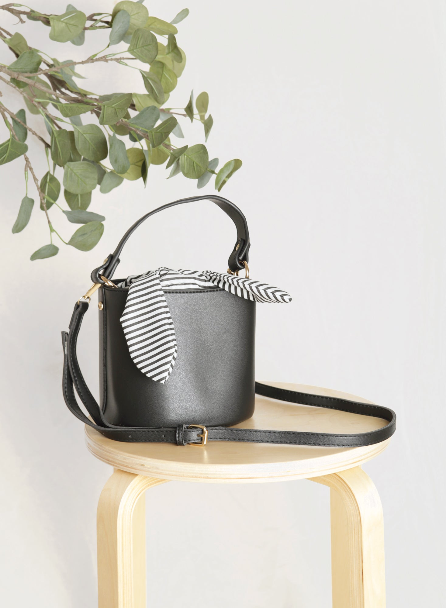 Ellie Striped Scarf Bucket Bag (Black)