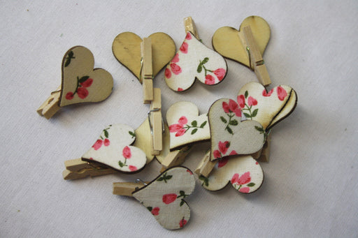 Floral Heart Mini Craft Pegs x 12