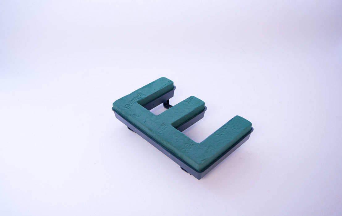 "Oasis Floral Foam Letter with Clips ""E"""