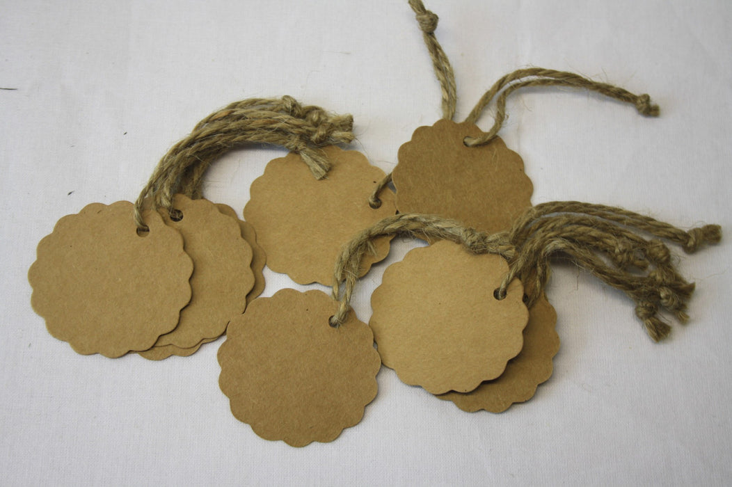 12 Scalloped Circle Kraft Paper Tags