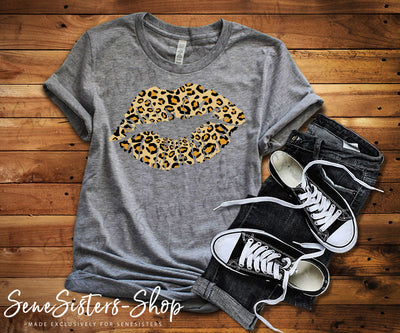 Leopard Print Lips Lipstick Kiss Print - Bella & Canvas - O-neck Unisex Short Sleeve Jersey Tee - 12 Colors Available Plus Size XS-4XL - MADE IN THE USA