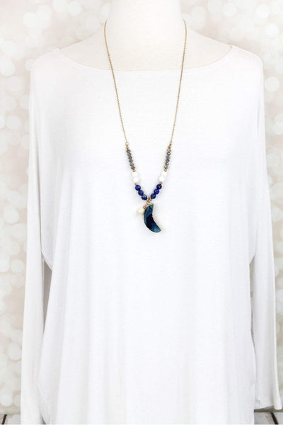 BLUE AGATE CRESCENT MOON PENDANT BEADED WORN GOLDTONE NECKLACE