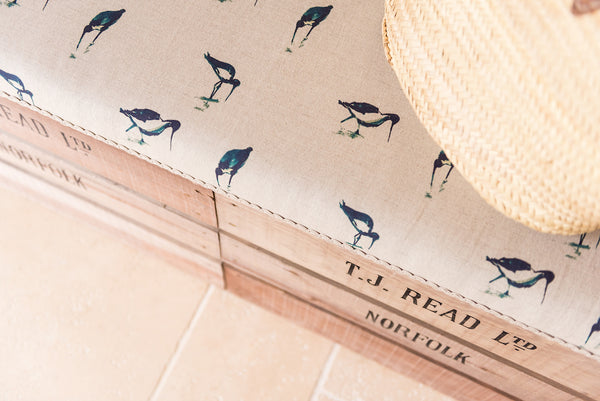 Wading birds storage bench