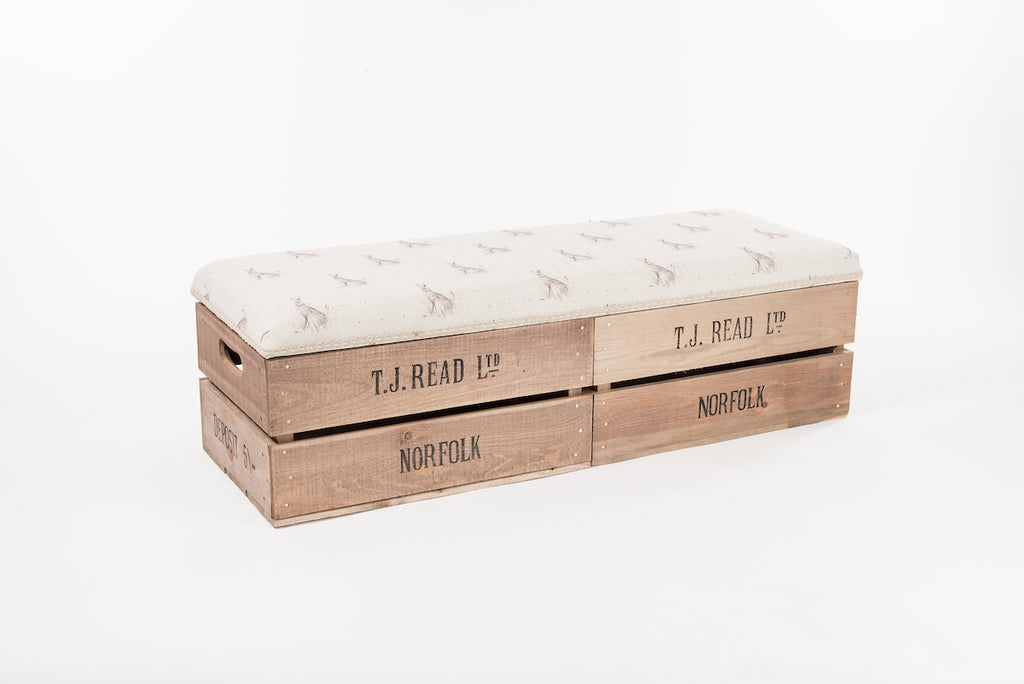 Red dot hare long footstool