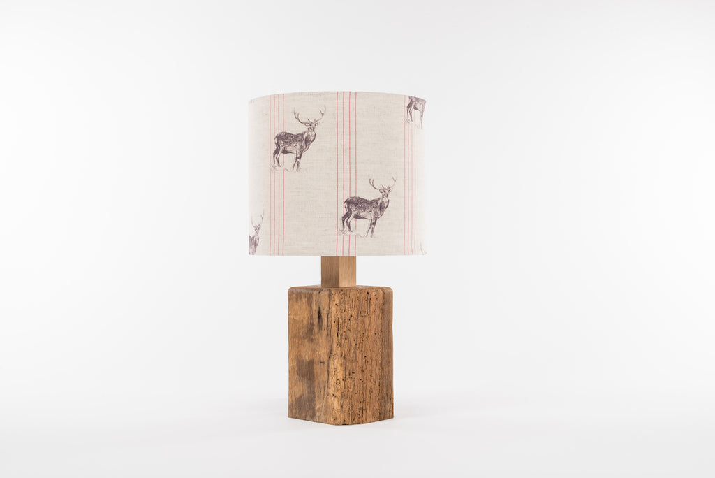 Red stripe stag table lamp