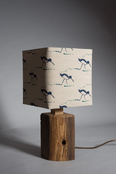 Walking wading birds table lamp
