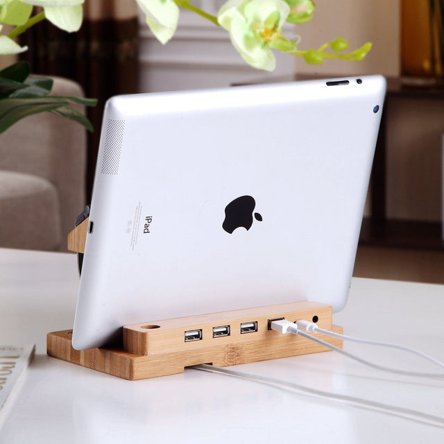 Bamboo Docking Station With 4 USB Spocket