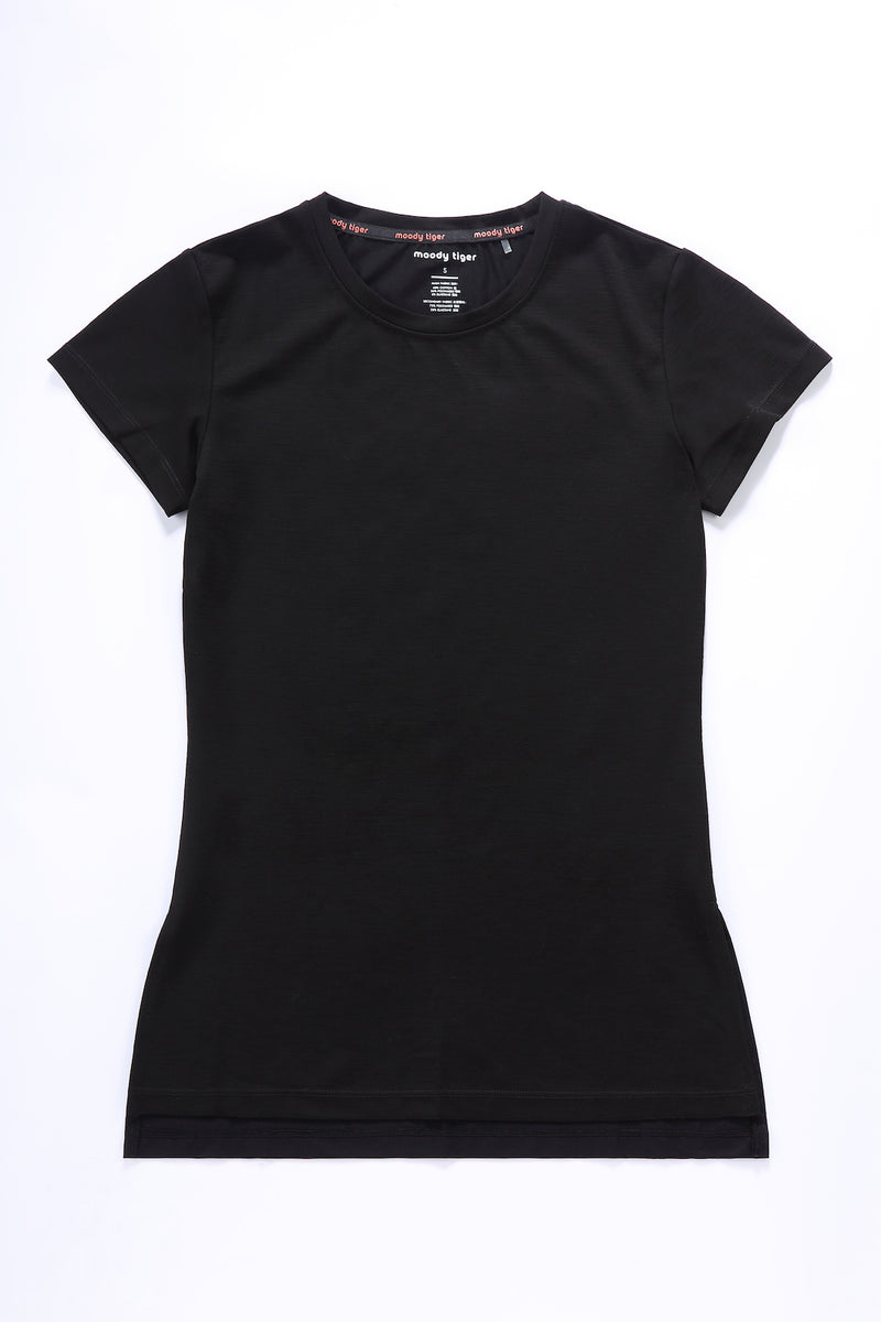 Here to Move Short Sleeve - Black (Woman)