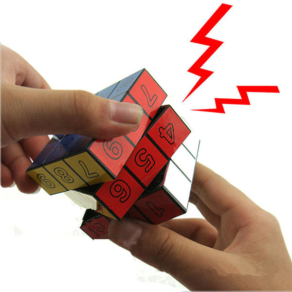 1Pcs Electric Shock Cube Toys Jokes Gags Pranks Funny Tricky Toys - thebluedream.net