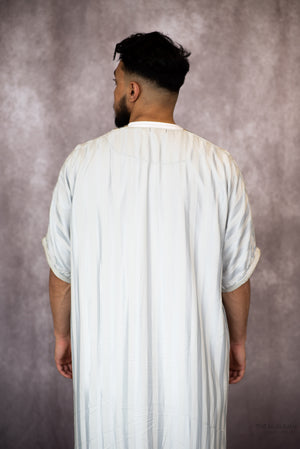 Load image into Gallery viewer, Moroccan Short Sleeve Thobe Light Grey