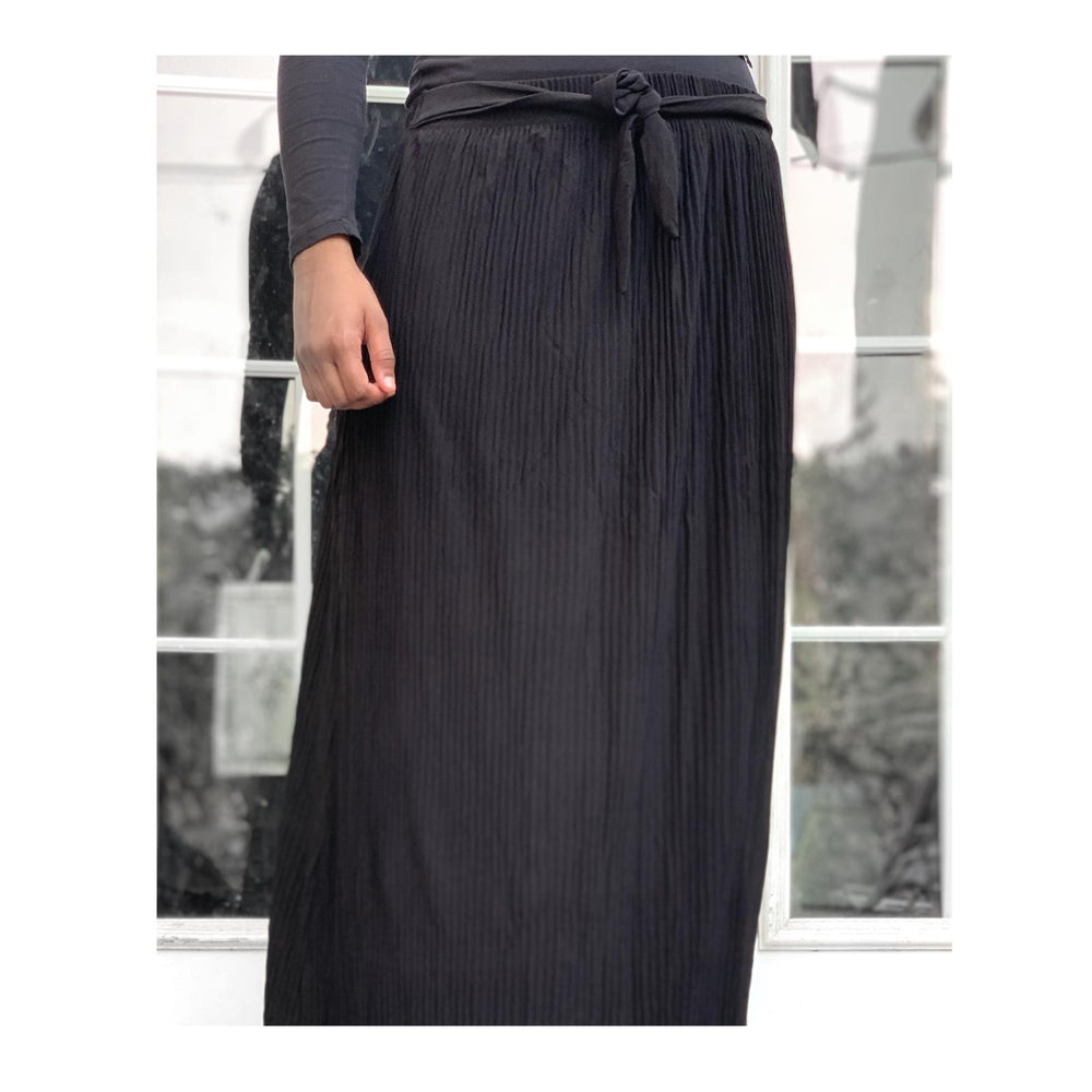 Black Chiffon Pleated Skirt with Belt