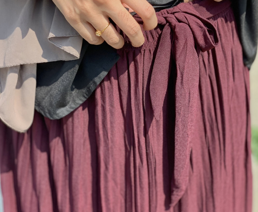 Burgundy Chiffon Pleated Skirt with Belt