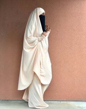 Ivory Two Piece Jilbaab with Ruched Design Sleeves and Skirt