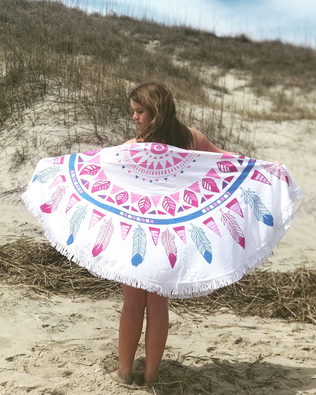 Round Feather Beach Towel