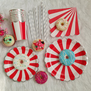 Carnival theme red and white table cutlery/birthday party set - PartyMonster.ae