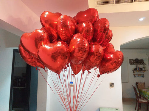 10 Red hearts balloon bouquet - PartyMonster.ae