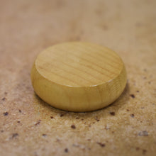 Load image into Gallery viewer, 100 Natural Wood Crokinole Discs