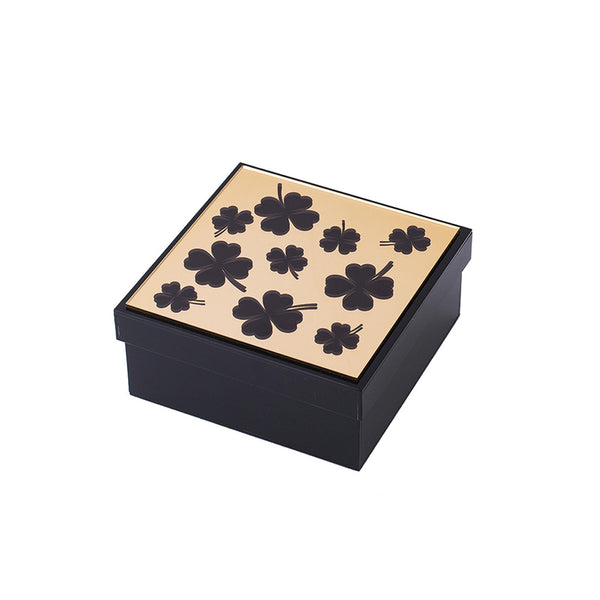 Hamilton Box Clovers in repeat KOKU Concept plexiglas