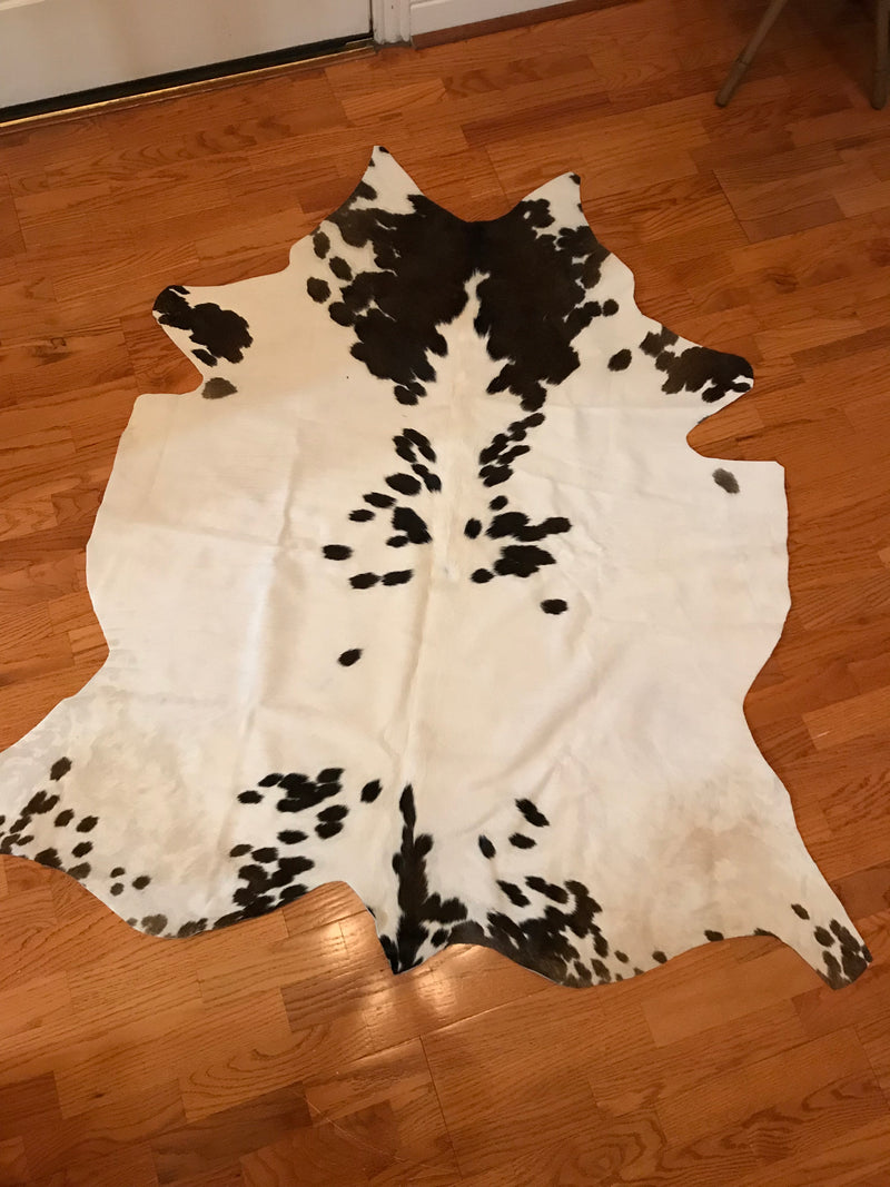 Black & White Cowhide Rug Cowskin Leather Carpet- 5 x 5