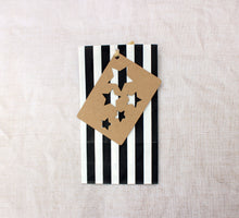 Classic striped bag - pack of 4 - with free weather stencil. Black and White