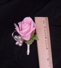 Wedding boutonniere, pink rose boutonniere, prom boutonniere, pink and pearl wedding, boutonniere, buttonhole, wedding flowers, prom flowers