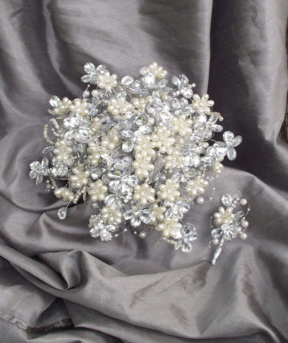 Deluxe Sparkler Bouquet, Rhinestone Bouquet, Alternative Wedding Bouquet, Pearl and Rhinestone Bride Bouquet, Bling Bouquet