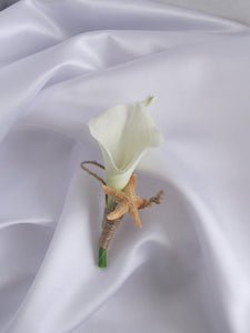 Calla lily and starfish wedding boutonniere, ivory lily boutonniere, groom buttonhole, groom flower, wedding corsage, beach wedding