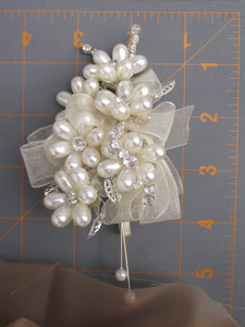 Pearl corsage and boutonniere SET, mother of the bride, father of the bride, elegant wedding corsage, prom flowers, ivory pearl buttonhole